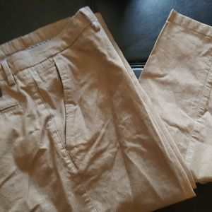 Chino pant by Banana Republic